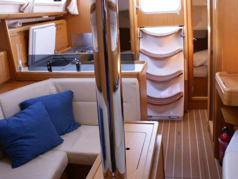 Jachthuur in San Vincenzo - Jeanneau Sun Odyssey 36i via SamBoat
