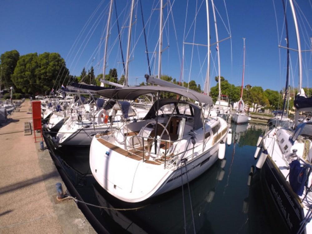 Jachthuur in Grad Zadar - Bavaria Bavaria Cruiser 37 via SamBoat