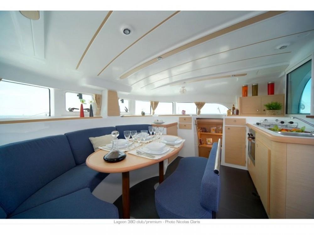 Jachthuur in Furnari - Lagoon Lagoon 380 S2 via SamBoat