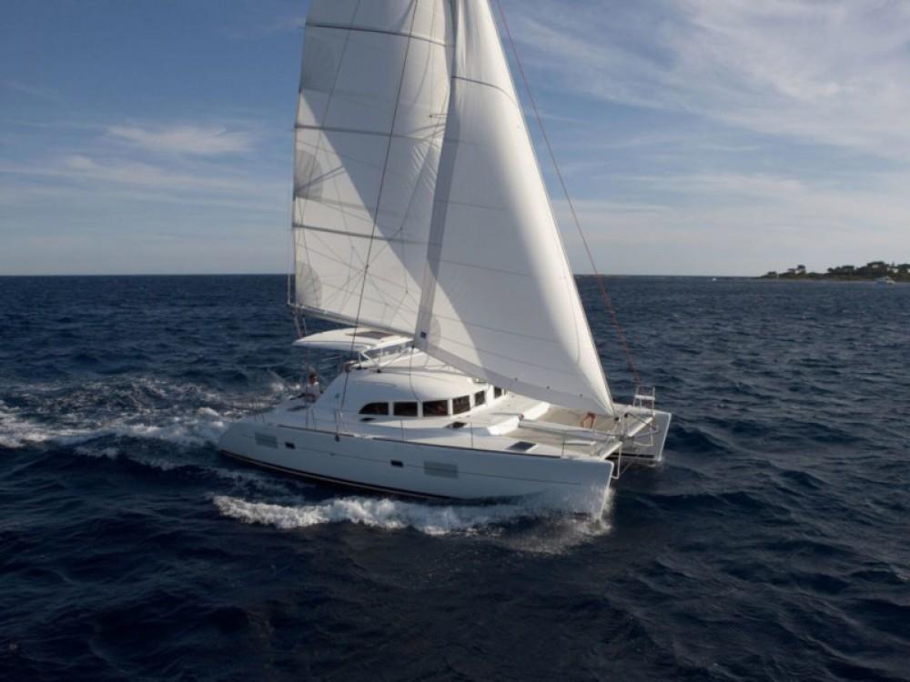 Jachthuur in Salerno - Lagoon Lagoon 380 S2 via SamBoat