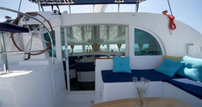 Verhuur Catamaran in Salerno - Lagoon Lagoon 380 S2