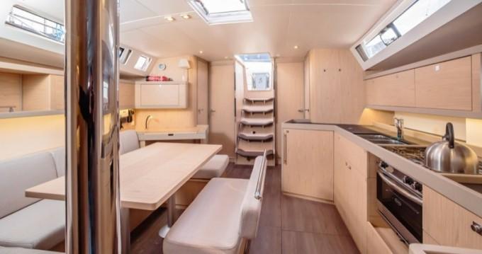 Bénéteau Oceanis 45 te huur van particulier of professional in Marina di Portorosa