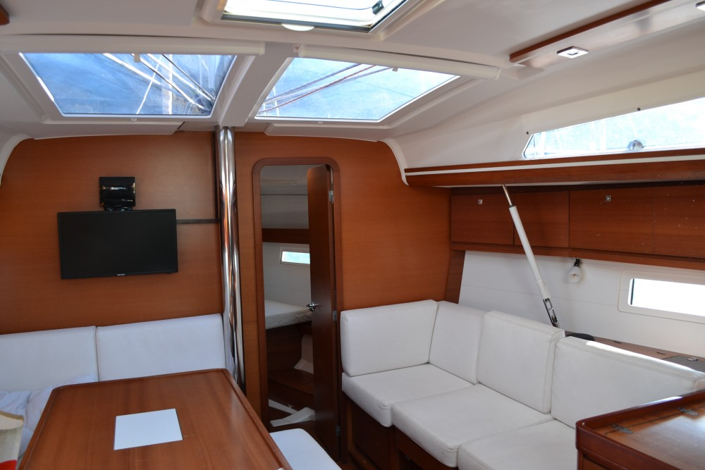 Bootverhuur Dufour Dufour 410 Grand Large in Capo d'Orlando Marina via SamBoat