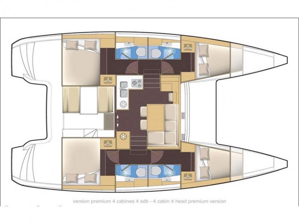 Catamaran te huur in San Vincenzo voor de beste prijs