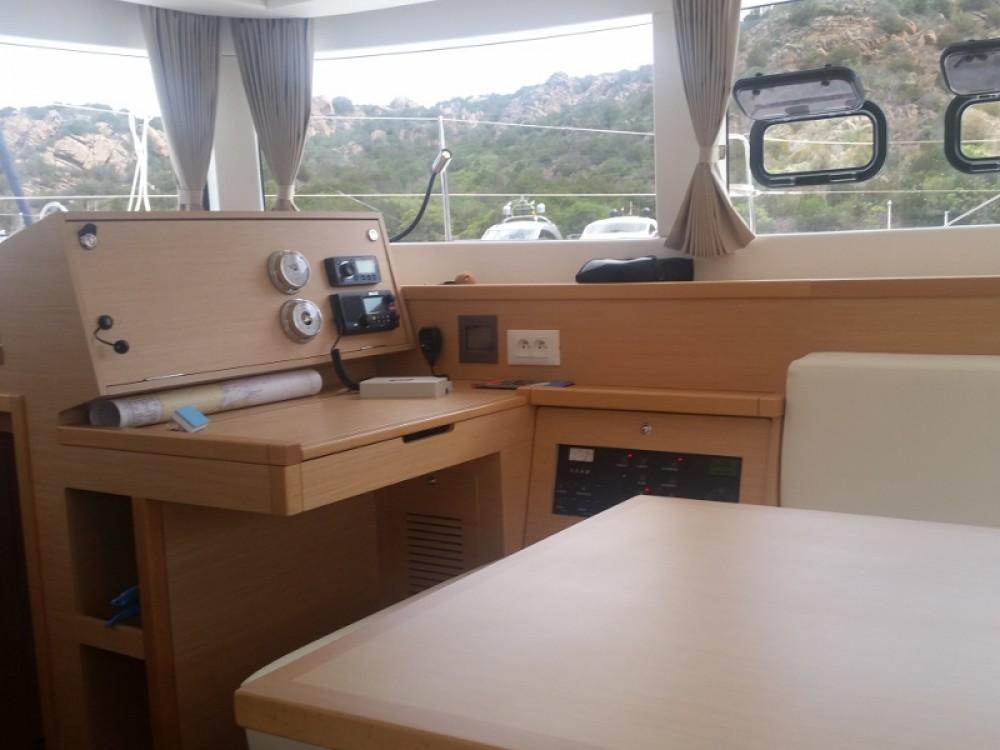 Verhuur Catamaran in San Vincenzo - Lagoon Lagoon 39