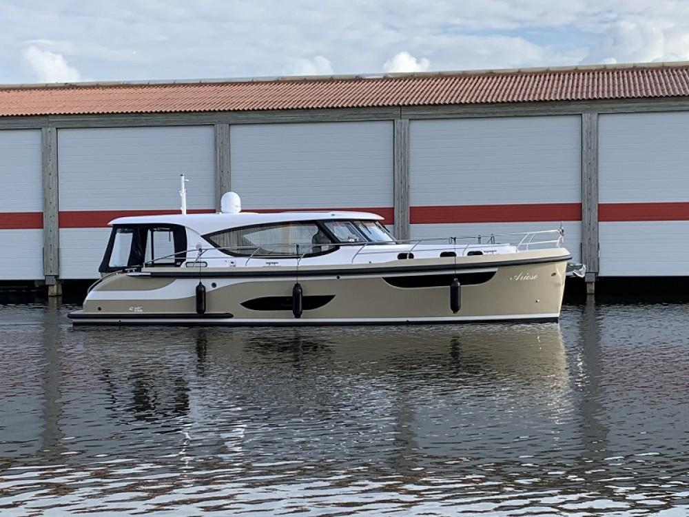 Verhuur Motorboot in  -  Jetten 42 MPC