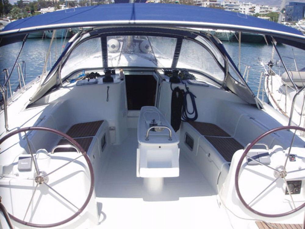 Bootverhuur Marina de Alimos goedkoop Cyclades 50.5