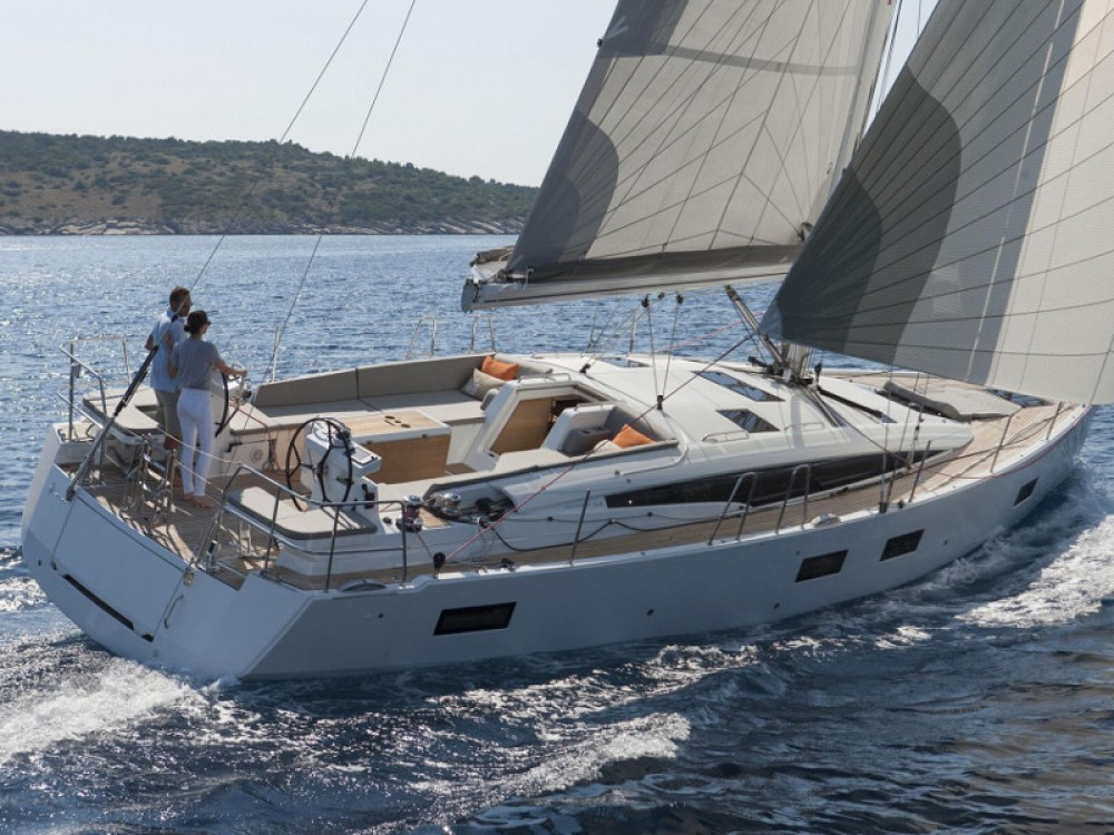 Jeanneau Jeanneau 54 ( A/C ,GENERATOR,INVENTER ) te huur van particulier of professional in Marina de Alimos