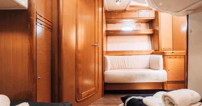 Verhuur Motorboot Bavaria met vaarbewijs