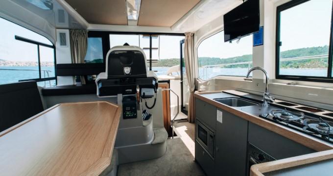 Verhuur Motorboot in Punat - Bavaria Bavaria E40 Fly