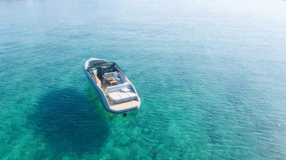 Jachthuur in Trogir -  Supreme 27 p via SamBoat