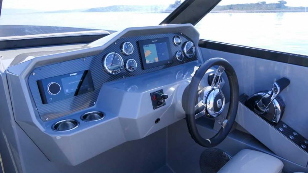 Verhuur Motorboot in Trogir -  Supreme 27 p
