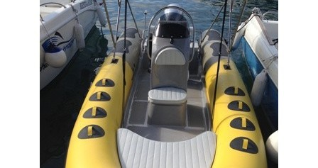Bootverhuur  Bura 560 in Trogir via SamBoat