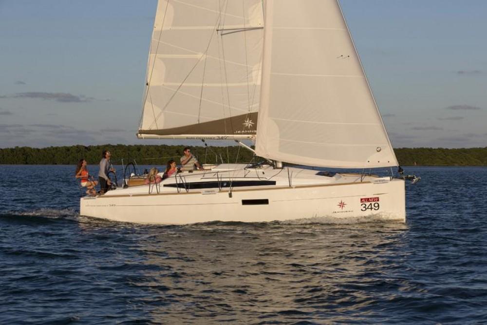 Verhuur Zeilboot in Torroella de Montgrí - Jeanneau Sun Odyssey 349