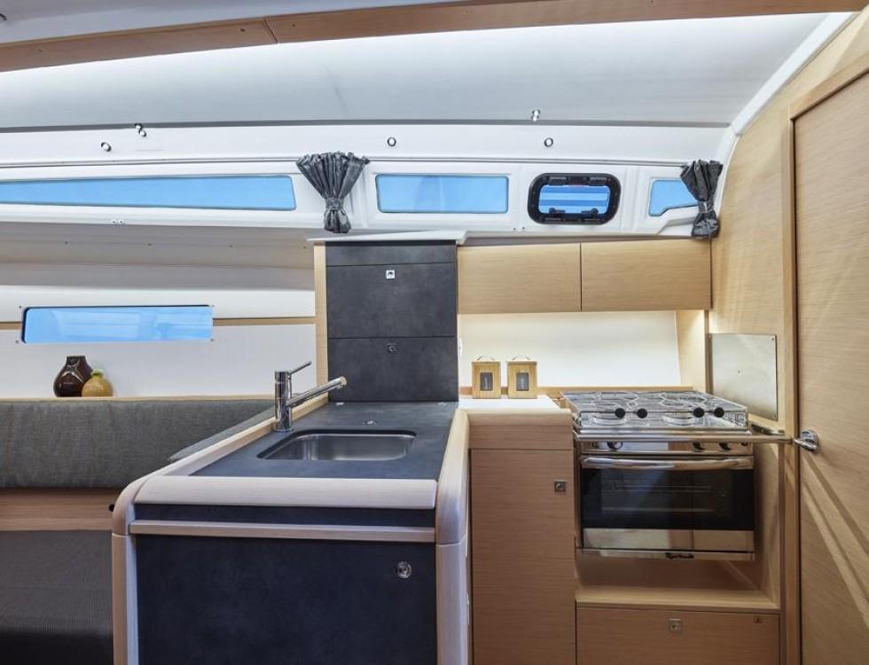 Zeilboot te huur in Torroella de Montgrí voor de beste prijs
