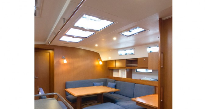 Bootverhuur Santa Cruz de Tenerife goedkoop Bavaria 45 Cruiser
