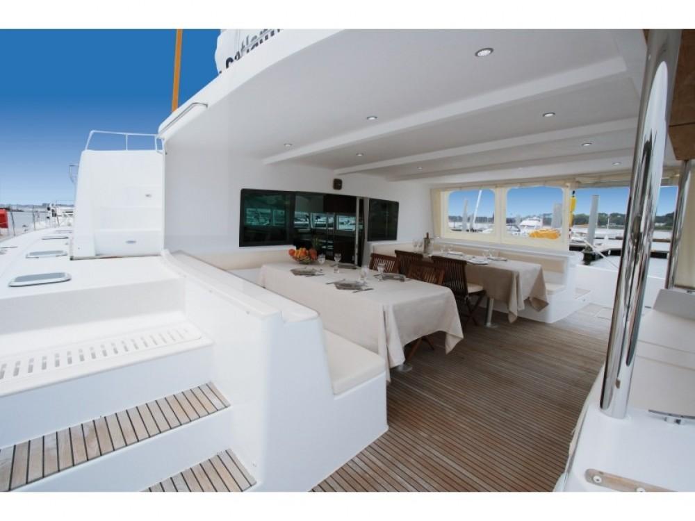 Verhuur Catamaran Catlante met vaarbewijs