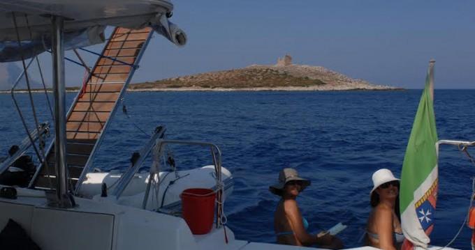 Verhuur Catamaran in Palermo - Lagoon Lagoon 440