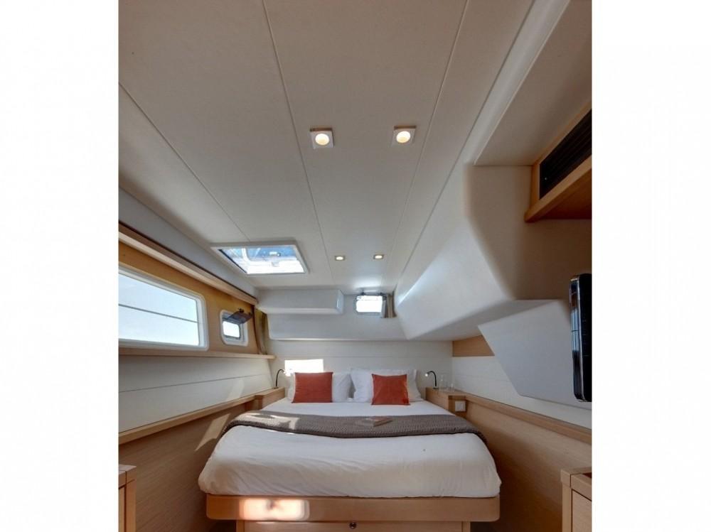 Huur Catamaran met of zonder schipper Lagoon in Ajaccio
