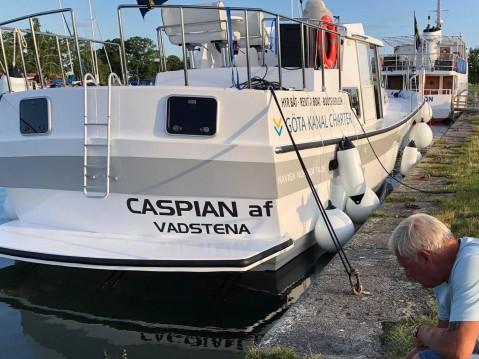 Huur Motorboot met of zonder schipper  in Söderköping