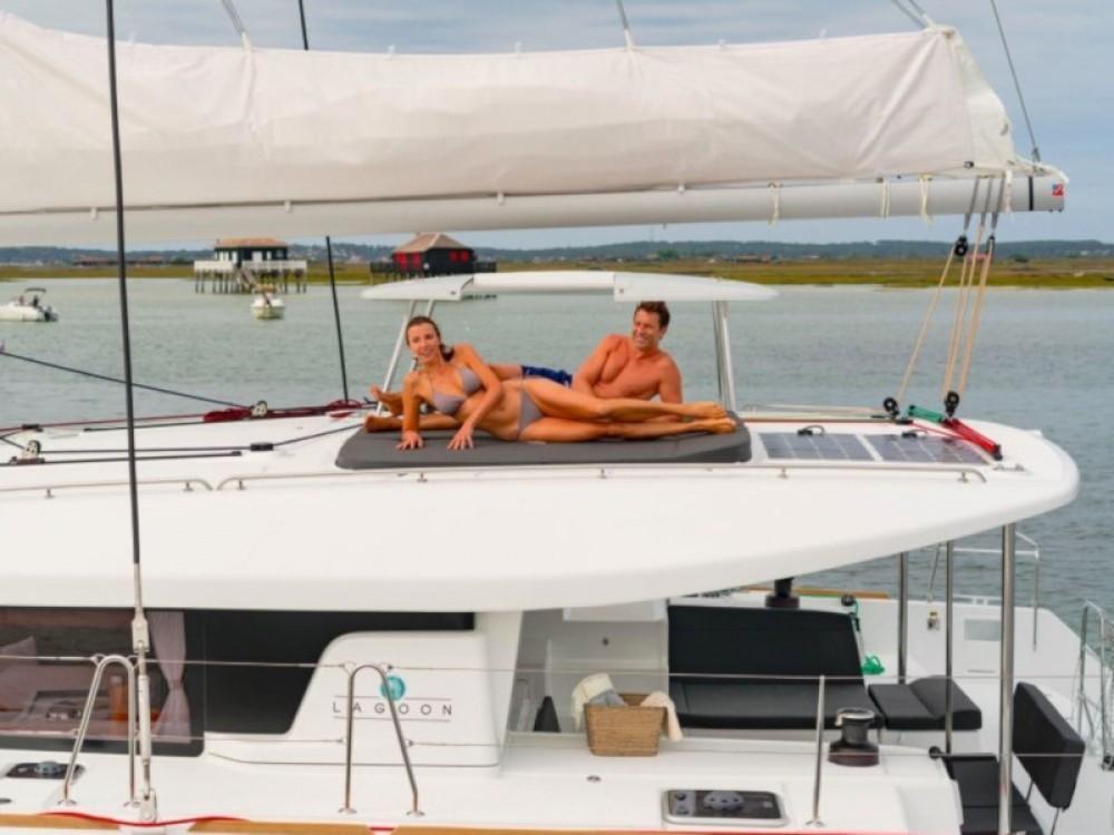 Bootverhuur Lagoon Lagoon 450 Sport in Marina Gouvia via SamBoat