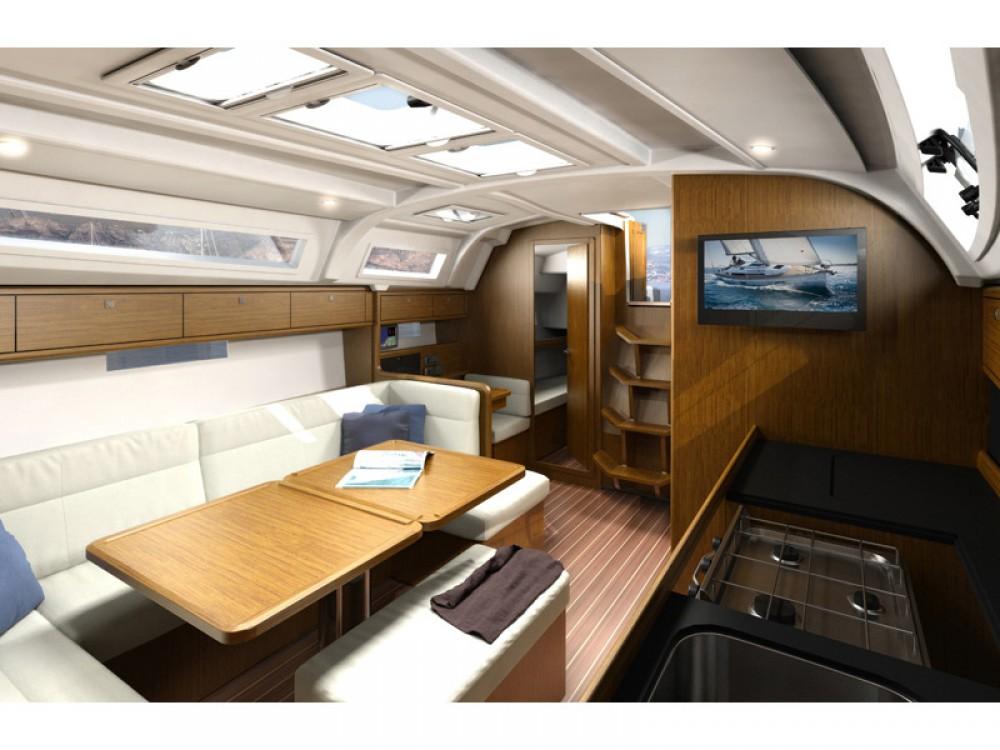 Jachthuur in  - Bavaria Bavaria Cruiser 41 via SamBoat