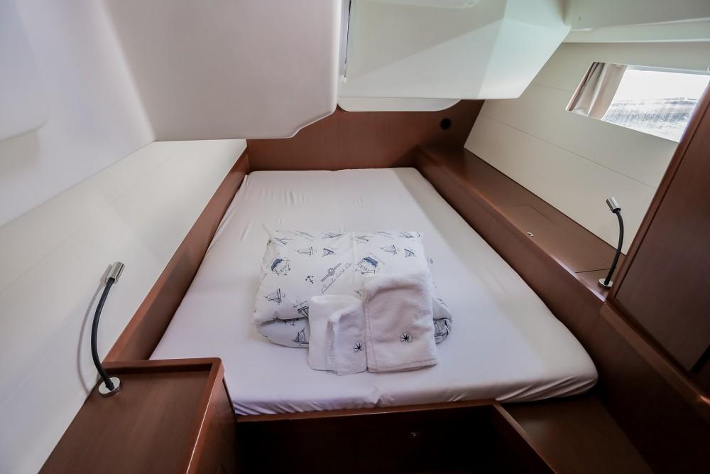 Verhuur Zeilboot in Kaštel Gomilica - Bénéteau Oceanis 48