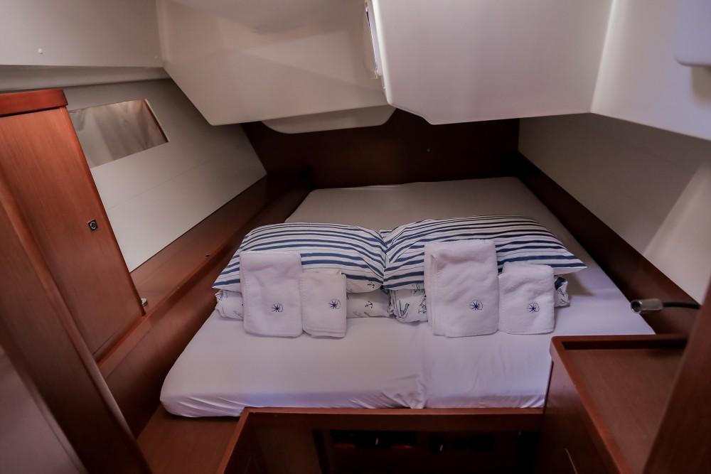 Bénéteau Oceanis 48 te huur van particulier of professional in Kaštel Gomilica
