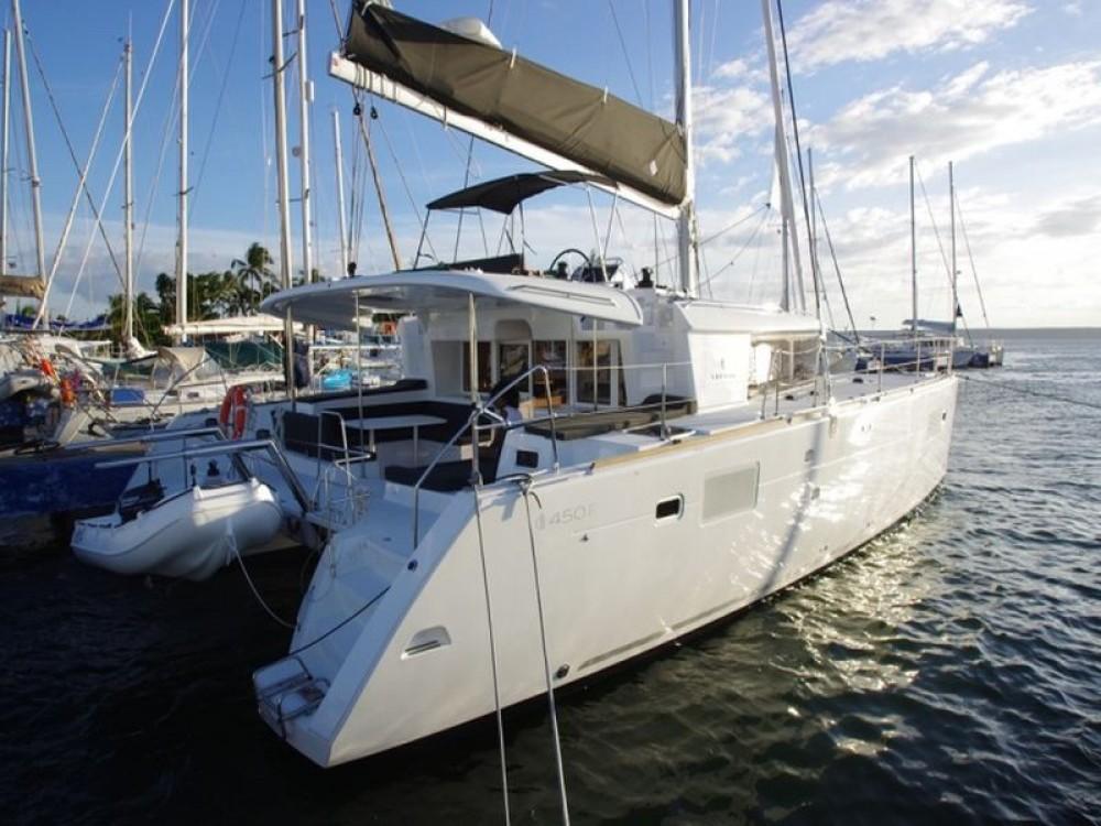 Verhuur Catamaran in  - Lagoon Lagoon 450 Flybridge