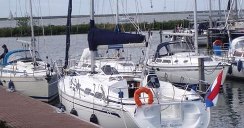 Huur Zeilboot met of zonder schipper Bavaria in Yerseke