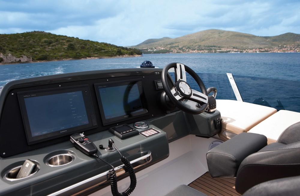 Verhuur Motorboot in Marina Naviera Balear - Bavaria Bavaria R40 FLY