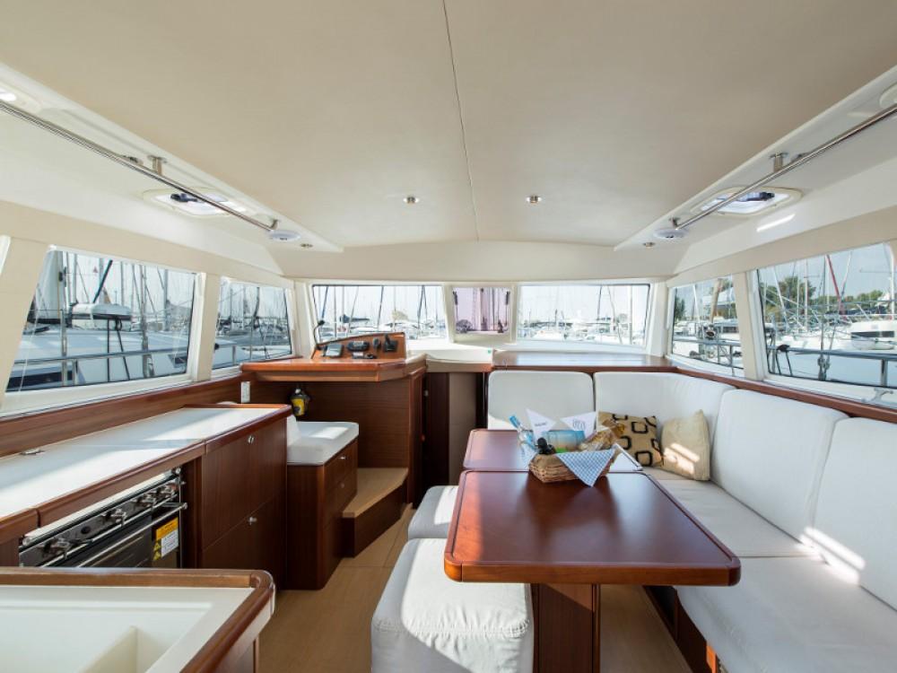Verhuur Zeilboot Moody met vaarbewijs