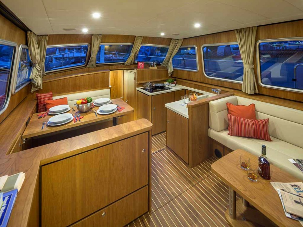 Jachthuur in  - Linssen Linssen Grand Sturdy 40.0 AC via SamBoat