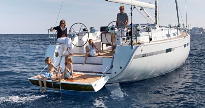 Bootverhuur Follonica goedkoop Bavaria 45 Cruiser