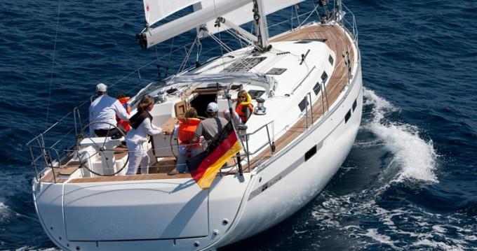 Huur Zeilboot met of zonder schipper Bavaria in Follonica