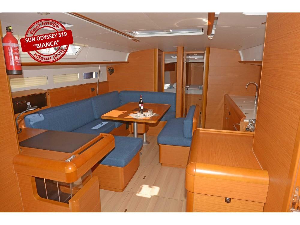 Jachthuur in Follonica - Jeanneau Sun Odyssey 519 via SamBoat
