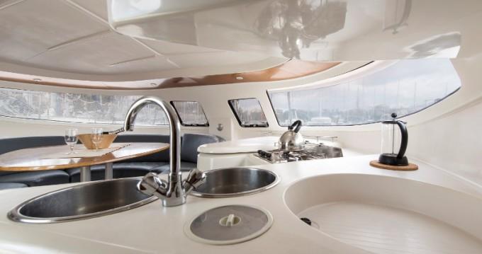 Verhuur Catamaran in Lefkada - Fountaine Pajot Athena 38