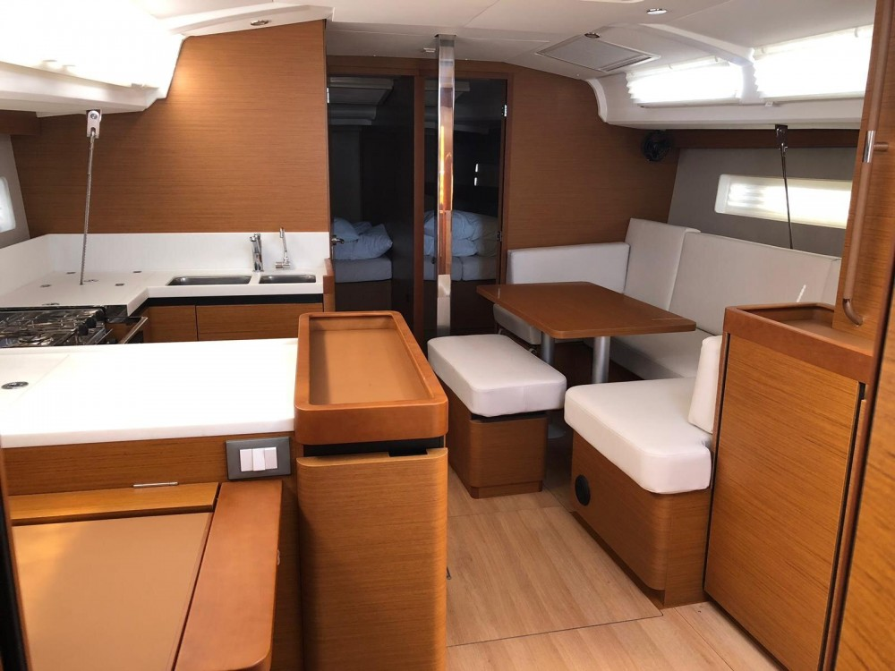 Jachthuur in Salerno - Jeanneau Sun Odyssey 440 via SamBoat