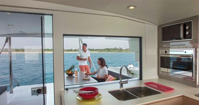 Catamaran te huur in Orhaniye voor de beste prijs