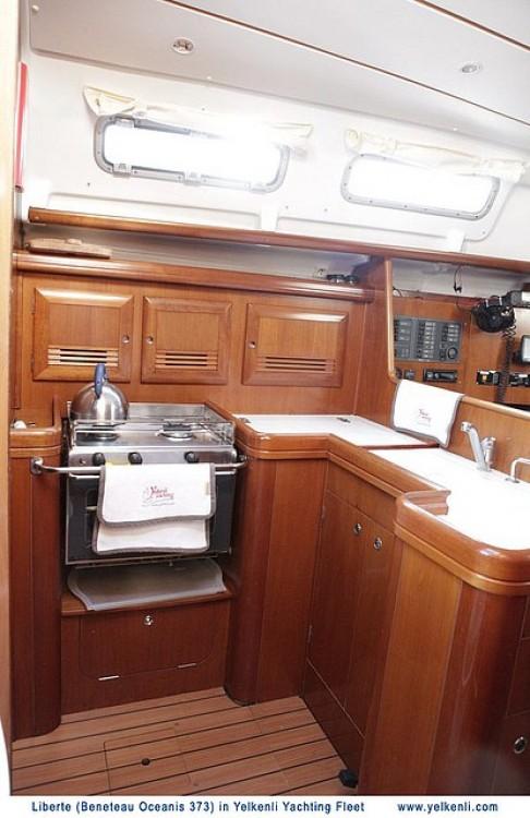 Jachthuur in Bursa - Bénéteau Oceanis 373 via SamBoat