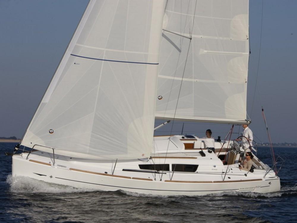Bootverhuur Jeanneau Sun Odyssey 33i in Split via SamBoat