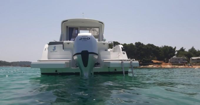 Huur Motorboot met of zonder schipper Bénéteau in Sukošan