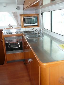 Verhuur Catamaran in Sukošan - Lagoon Lagoon 440