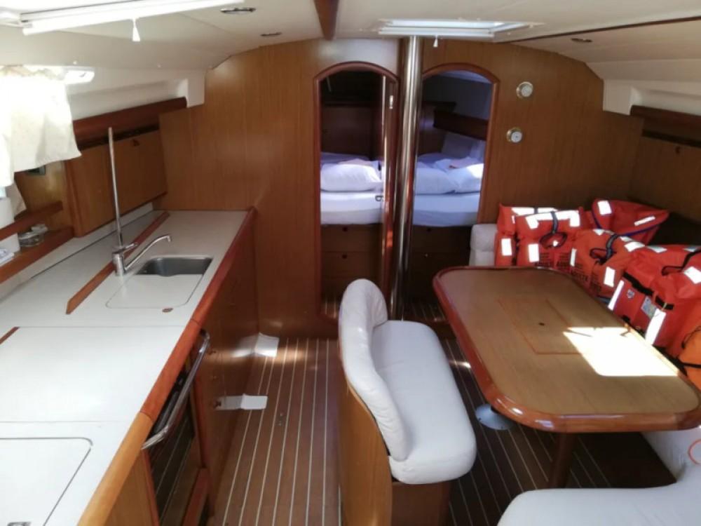 Bootverhuur Jeanneau Sun Odyssey 45 in Trogir via SamBoat