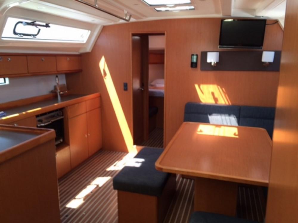 Bootverhuur Bavaria Bavaria Cruiser 46 in Trogir via SamBoat
