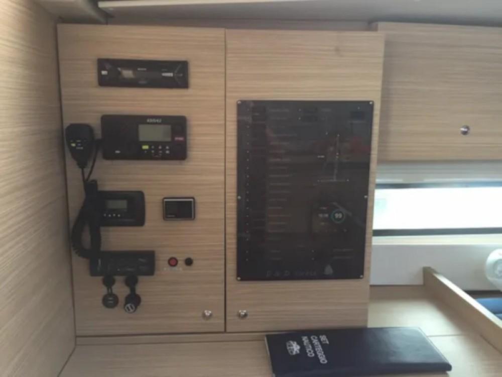 Huur Zeilboot met of zonder schipper D&d in ACI Marina Trogir