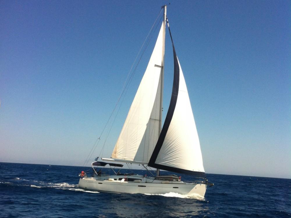 Huur Zeilboot met of zonder schipper Bénéteau in Marina de Alimos