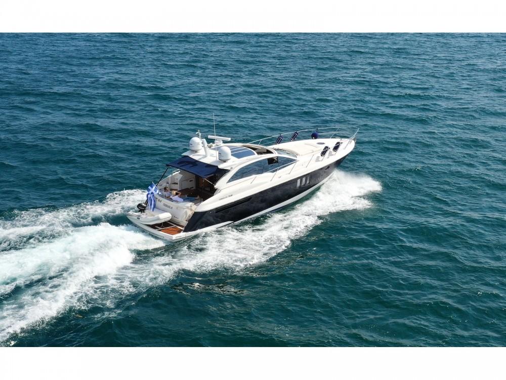 Motorboot te huur in Lávrio voor de beste prijs