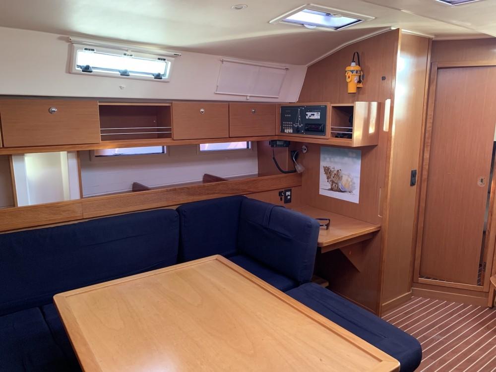 Jachthuur in Lávrio - Bavaria Bavaria Cruiser 45 via SamBoat