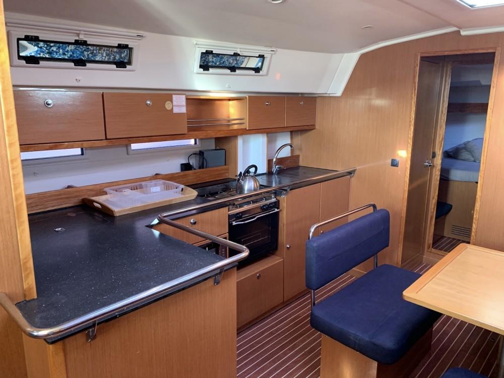 Bavaria Bavaria Cruiser 45 te huur van particulier of professional in Lávrio